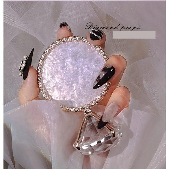 Bemutató dekor alátét -fehér, ezüstszegéllyel kristállyal